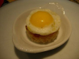 Canapés de huevos de codorniz
